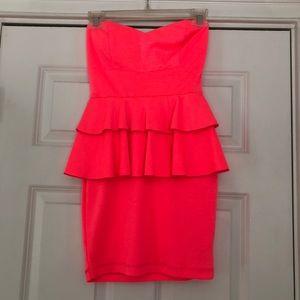 Hot pink strapless 2b Bebe dress